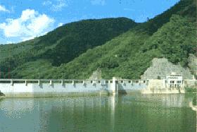 東山ダム(会津若松市)
